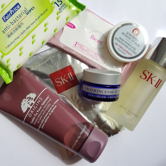 travel skin care routine, how to look fresh after a long haul flight, in flight skincare essentials,