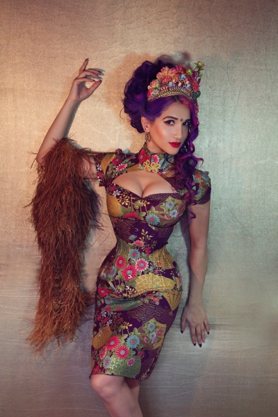 Sukki Singapora, burlesque artist, Singapore first burlesque artist, HASK hair ambassador, HASK hair