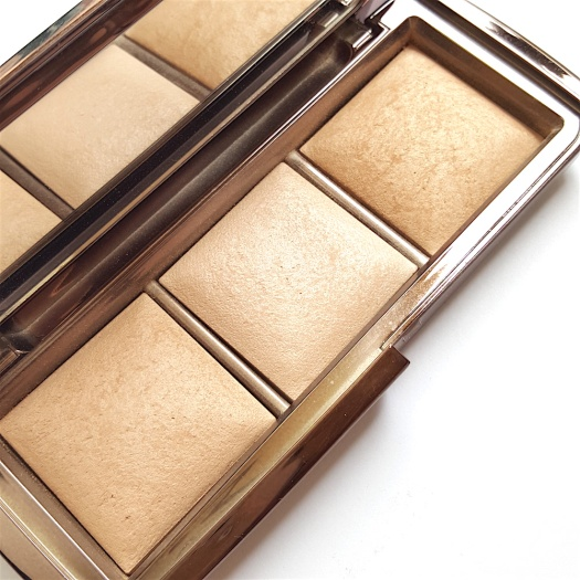 Hourglass Ambient Lighting Palette, highlighter palette, highlighter for mature skin, highlighter for big pores, best highlighter, highlighter for Indian skin tone, highlighter for tan skin tone