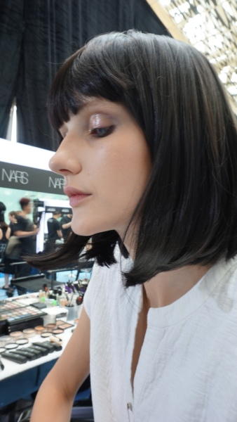 Singapore Fashion Week, beauty tips, makeup tips, Ong Shunmugam, beauty backstage, backstage beauty, eye shadow tips