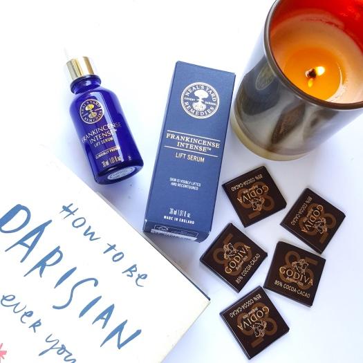 Neal's Yard Remedies Frankincense Intense Serum review, antiageing serum, organic skincare, destress your skin, destress, relax,