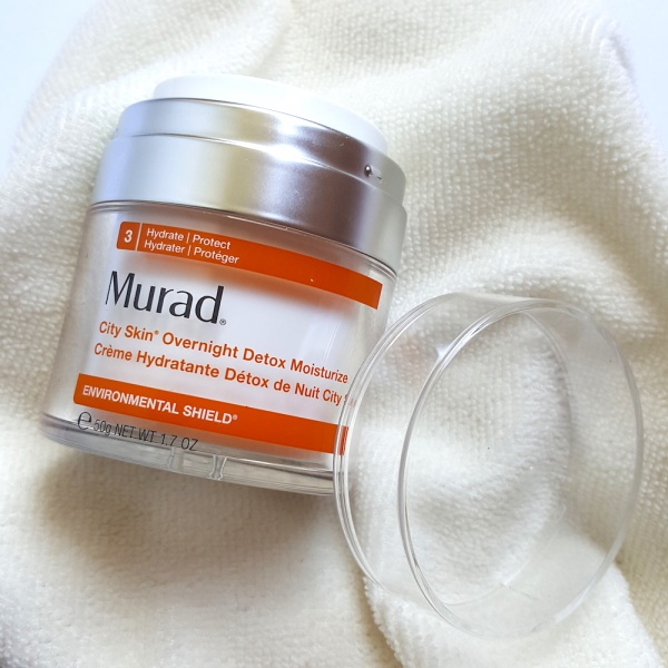 Murad City Skin Overnight Detox Moisturiser review, moisturiser, antiageing, younger skin, protect your skin from pollution,
